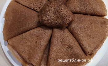 Шоколадные блинчики на воде: постный рецепт